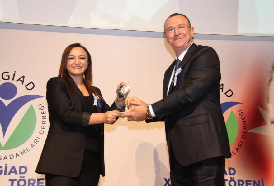GAGİAD ın Yılın Kadın Girişimci Ödülü Nalan Kurta başlığıyla Gaziantep Güneş Gazetesinde yer aldık.